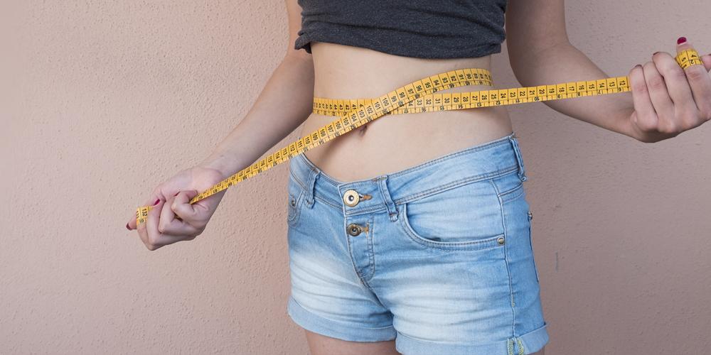Come gestire il sovrappeso con metodi naturali