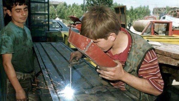 İşverenin Çocuk ve Genç Çalışanlara Karşı Yükümlülükleri
