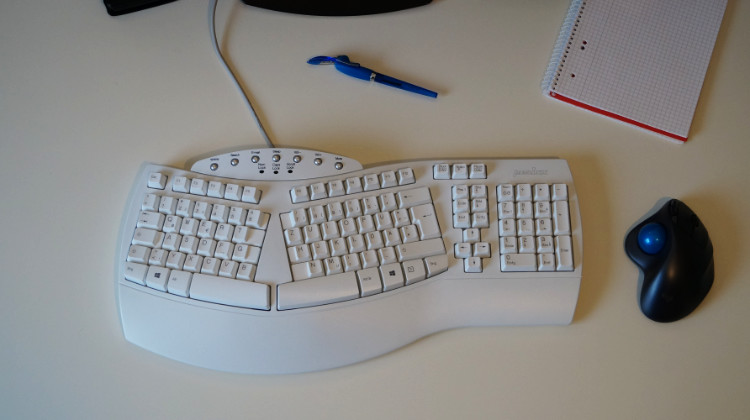 perixx periboard 512 testbericht gunstige ergonomische tastatur