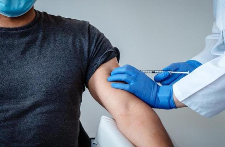 Εμβόλια: Πόσο διάστημα μεσολαβεί από την 1η και τη 2η δόση – Ποσοστό προστασίας