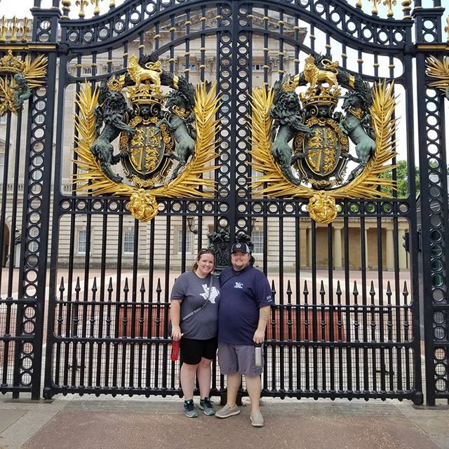 Sara and I at Buckingham Palace.