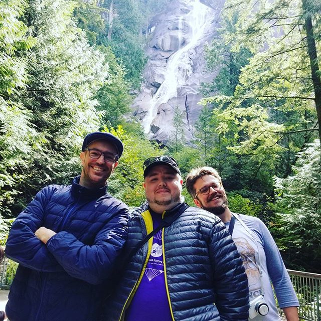Shannon Falls with @migueluylezama and @roccotrip