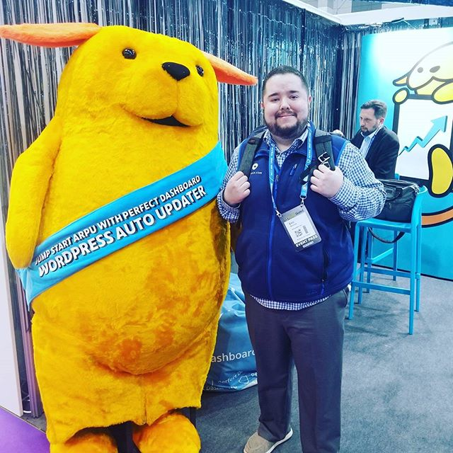 I had to get a picture with the life-sized #wapuu at #CloudFest before the event ended! #travelmattic