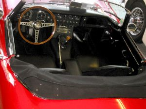 jaguar_e-type_s1_interior_g