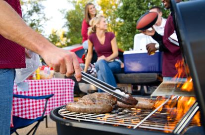 Fireworks and Barbeque How to Throw the Best Outdoor Party for your Friends and Family