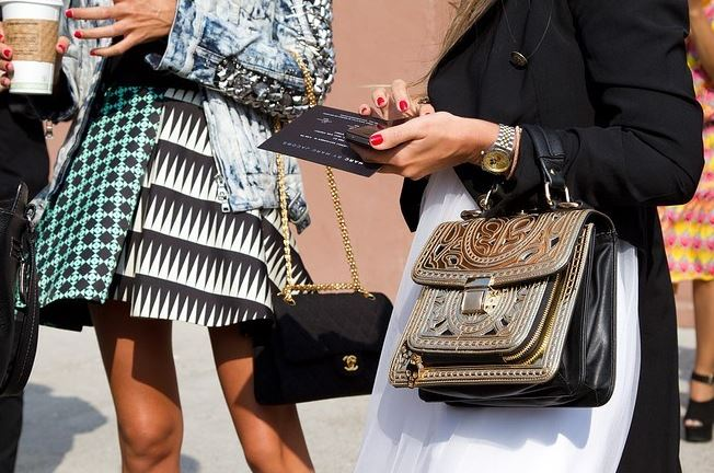 7 Ways to be Fashioable While Sticking to a Strict Budget