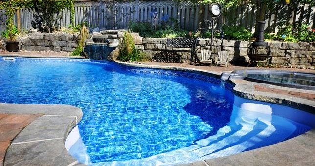 3 Reasons Your Family Should Have a Swimming Pool at Home
