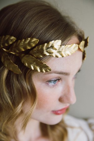 ALEXANDRA GOLDEN LAUREL LEAF CROWN