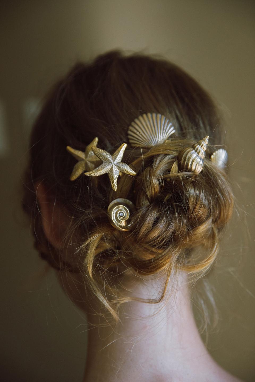 Venus Seashell hair pins