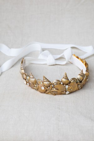 APHRODITE NAUTICAL SEASHELL CROWN