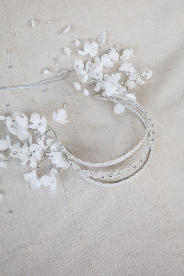 NAIDA BRAIDED HEADBAND WITH FALLING FLOWERS
