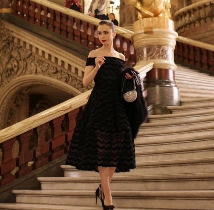 《Emily In Paris》/《艾蜜莉在巴黎》