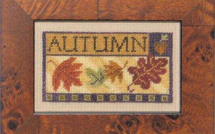 Little Bits o' Autumn | Original counted thread designs by Linda Stolz for Erica Michaels Designs | EricaMichaels.com