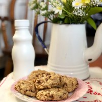 Chocolate Chip Pecan Oatmeal Cookies