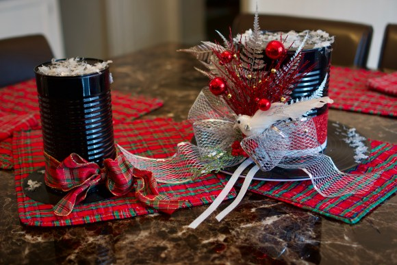 Easy Top Hat Holiday Centerpiece © 2018 ericarobbin.com | All rights reserved.