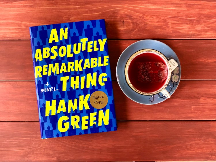 An Absolutely Remarkable Thing by Hank Green book © 2018 ericarobbin.com | All rights reserved.