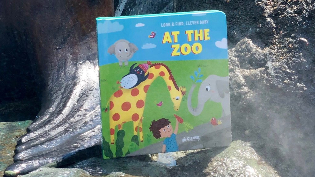 At The Zoo by Clever Publishing | Erica Robbin