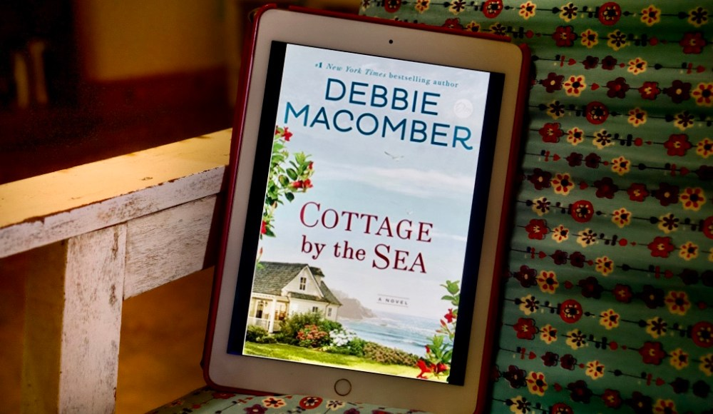 Cottage by the Sea by Debbie Macomber   Erica Robbin