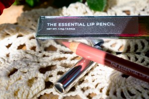 Natural Berry, The Essential Lip Pencil, The Wayne Goss The Luxury Lip Collection