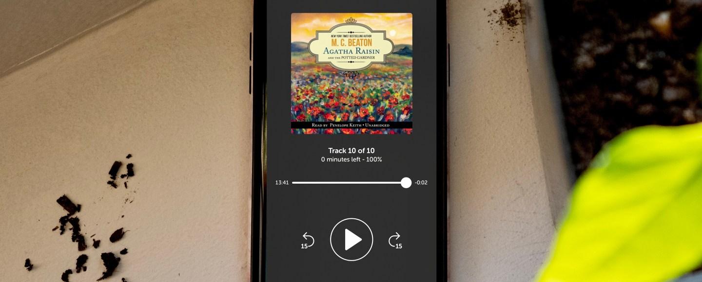 Life's Library Shelf Icon | Erica RobbinAgatha Raisin and the Potted Gardener | Erica Robbin