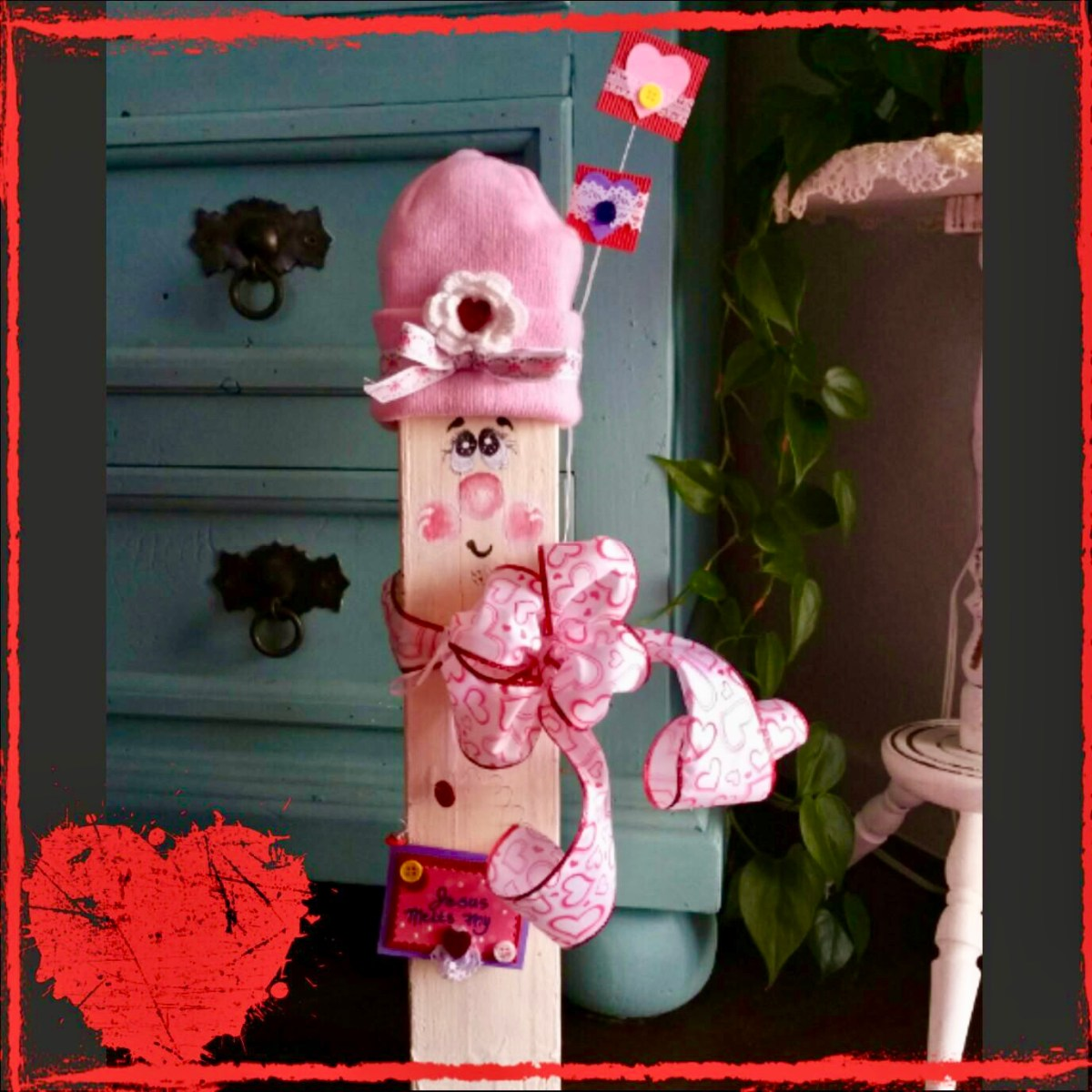 Adorable Wooden Valentine's Day Craft Decor | Erica Robbin