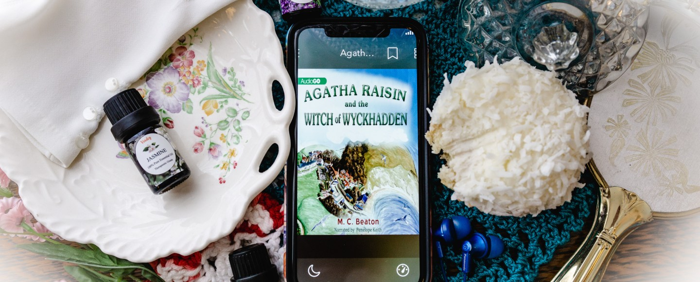Agatha Raisin and the Witch of Wyckhadden by M.C. Beaton   Erica Robbin