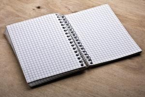 blank-notepad-4-1418126-m