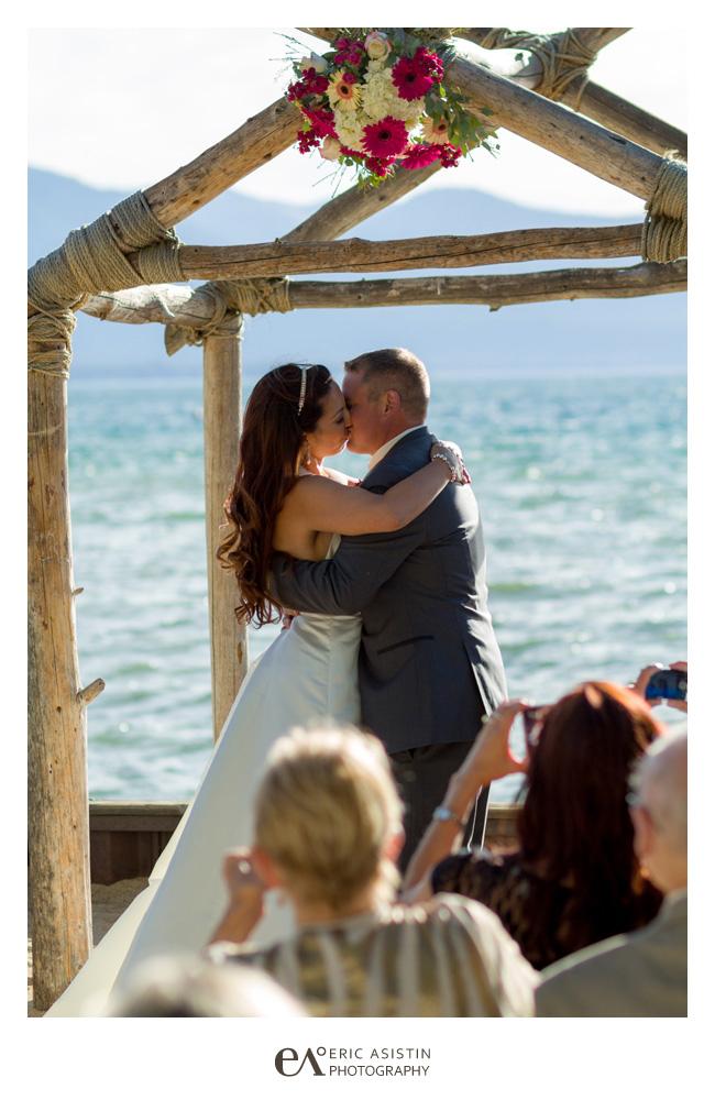 Weddings-at-Lake-Tahoe-Resort-Hotel_011
