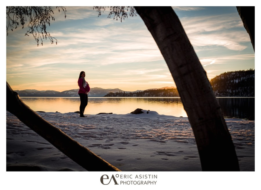 Winter maternity and family portrait session lake tahoe