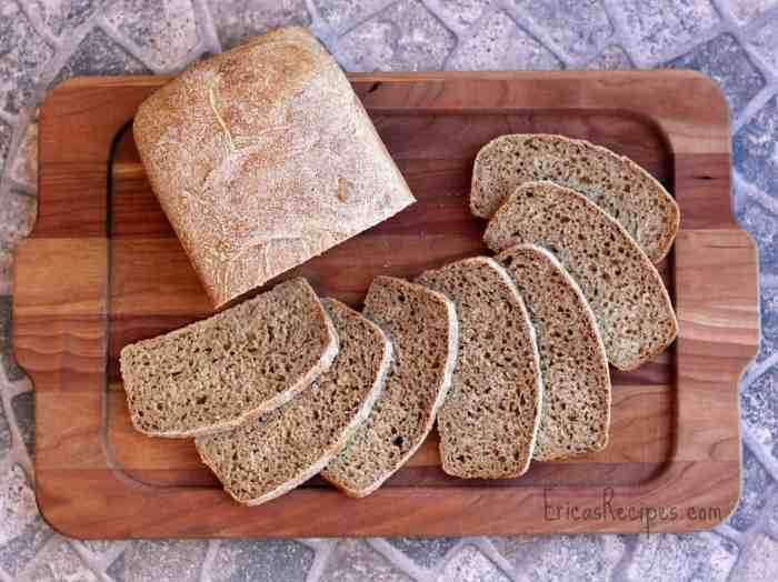 100% Whole Wheat Sandwich Bread | EricasRecipes.com