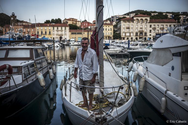 Arnaud on his boat where he has been living for 8 years on June 26, 2020 Eric cabanis Photojournalist