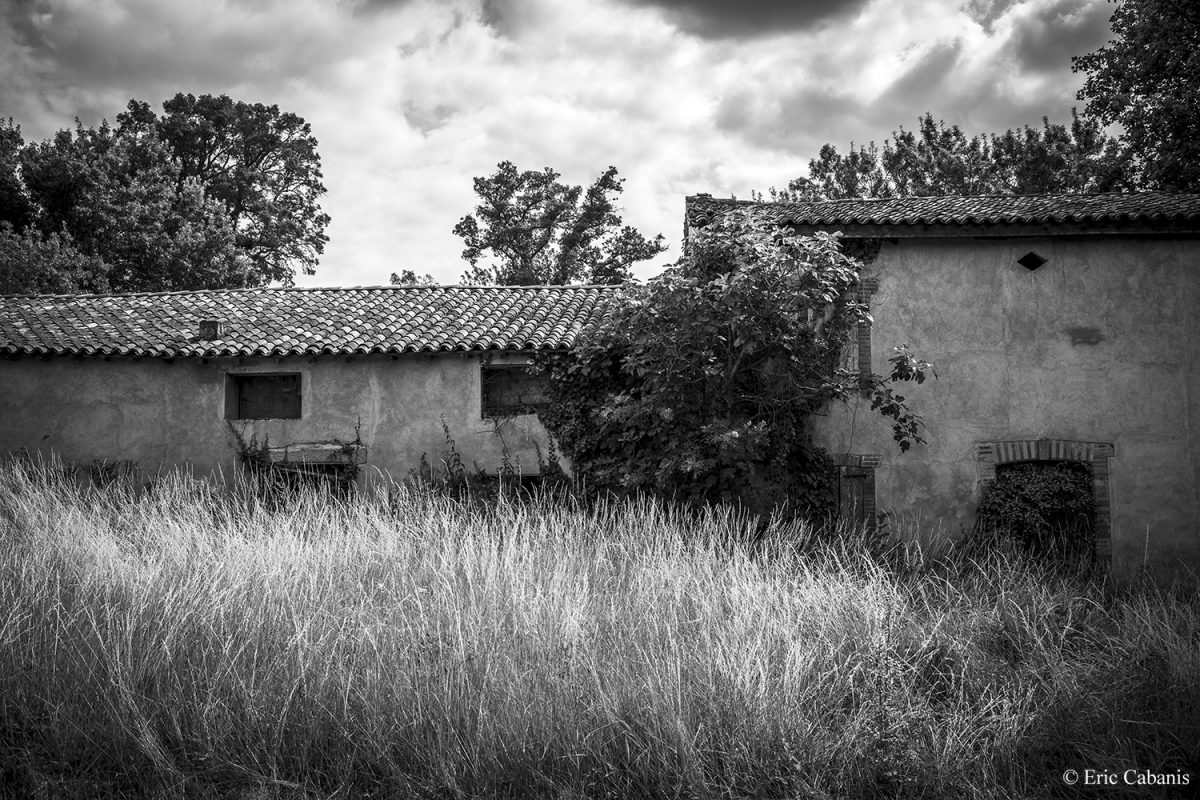 Abandoned farm in Folcarde near Toulouse on June 28, 2020 Eric Cabanis Photojournalist