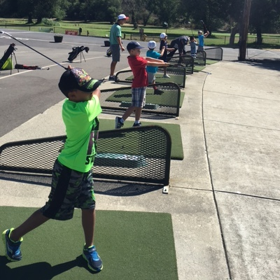 2016-summer-camp-kids-on-range-x400