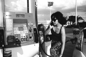 eric-kim-photography-cindy-project-black-and-white-2-inandout-gas-stop-kettleman-sunset-chevron-trix1600-film