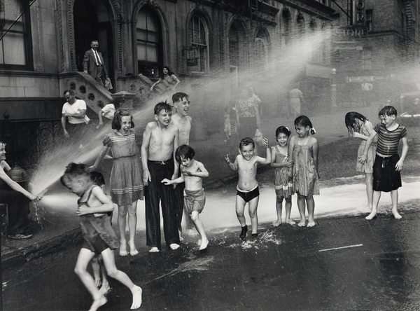 Summer, The Lower East Side, 1937 - Weegee