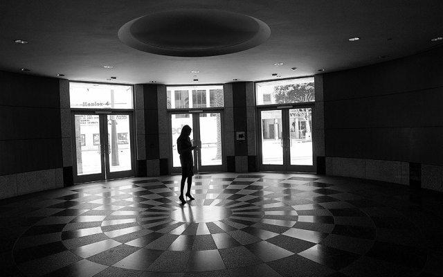 """Stilettos"" Street Photography by Eric Kim"