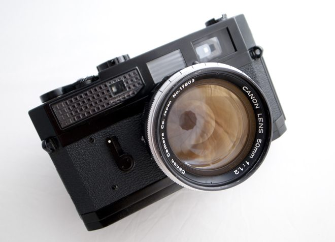The 10 Most Important Things You Should Be Looking For When Buying a Classic Camera (Or How Not to Get Ripped Off)