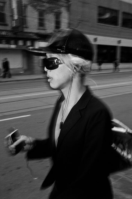 How to React to (and Defuse) Confrontations in Street Photography