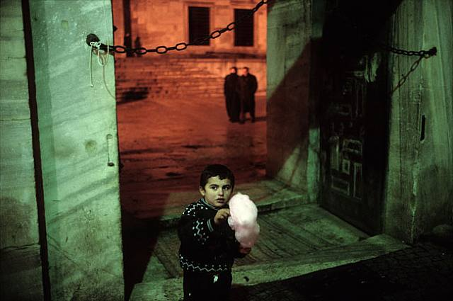 10 Things Alex Webb Can Teach You About Street Photography