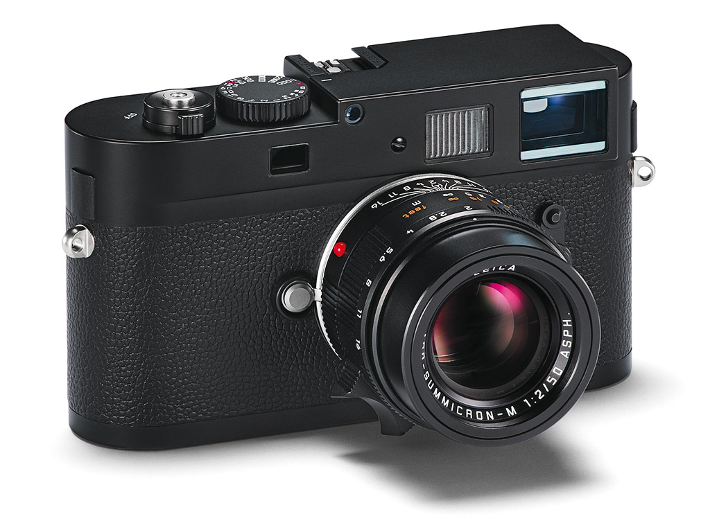 My First Impression Review of the New Leica M-Monochrom Camera for Street Photography