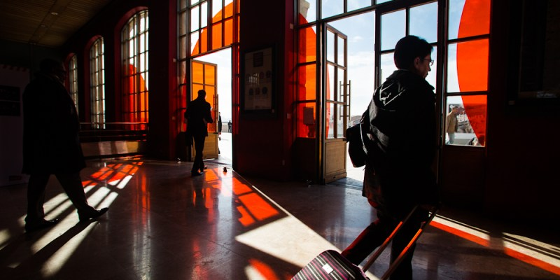 Capturing the Brilliant Light of Marseille: Street Photography by Yves Vernin