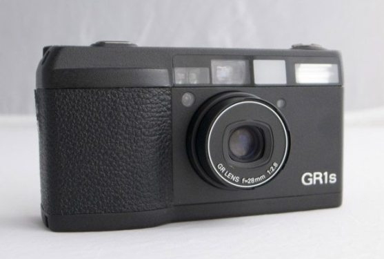 Ricoh GR1s. Photograph by Japan Camera Hunter