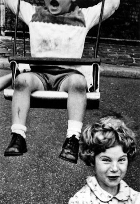 boy-girl-swing