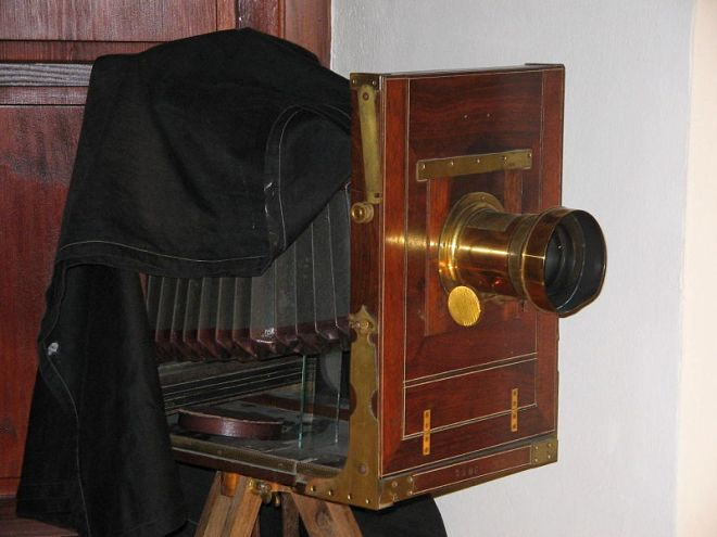 Large Format Camera: The original camera for street photographers