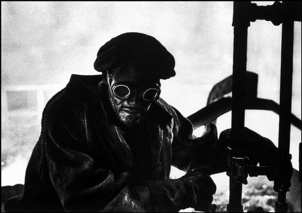 USA. Pennsylvania. City of Pittsburgh. Steelworker. 1955. Copyright: Magnum Photos