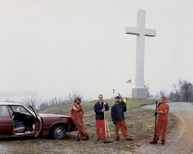 alec soth- sleeping by the missippi3