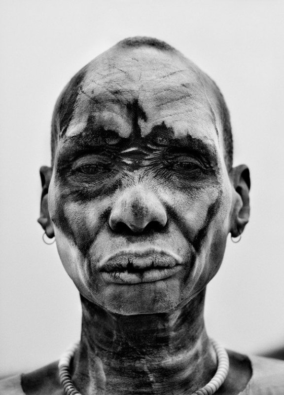 Dinka-man-at-the-cattle-camp-of-Kei,-Southern-Sudan,-2006