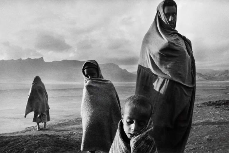 5 Lessons Sebastião Salgado Has Taught Me About Street Photography