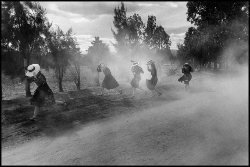 Photo © Larry Towell / Magnum Photos. MEXICO. Durango, 1994.