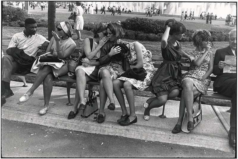 Copyright: Estate of Garry Winogrand